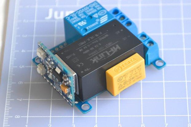 Compact wifi based relay module V 1.0