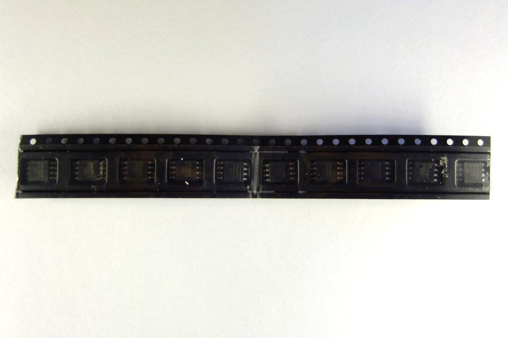 Winbond W25Q80BVSSIG (HackRF One flash chip) 2