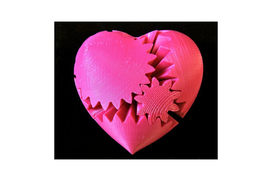 Rotating Heart Gear (3D Printed) 1