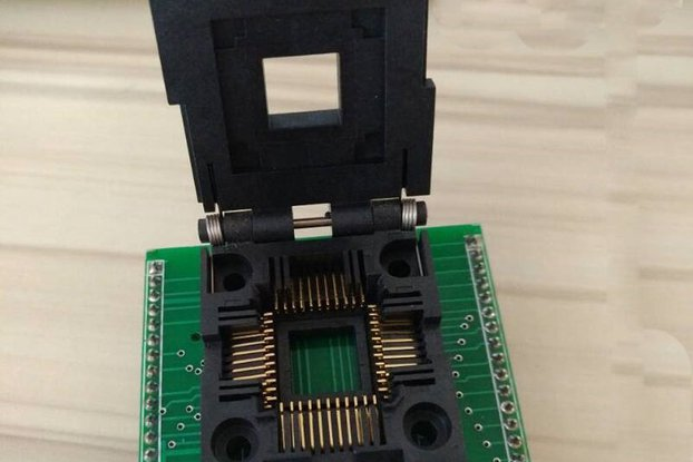 PLCC44 to DIP40 IC Programmer Adapter socket