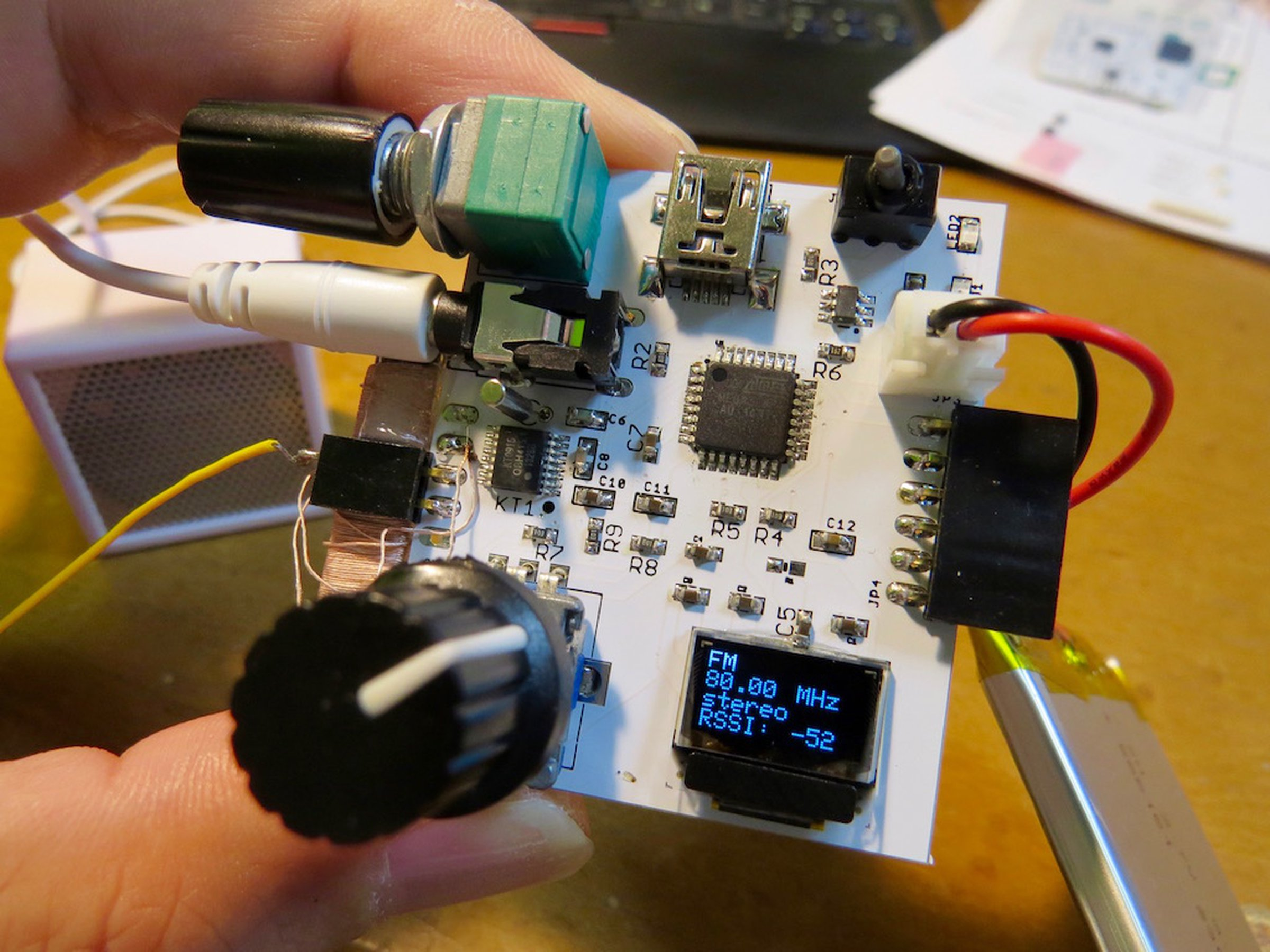 Am Sw Fm Radio By Dsp Chip Version 2 From Microwavemont On Tindie Make This Simple Circuit Using A Single Electronic 1