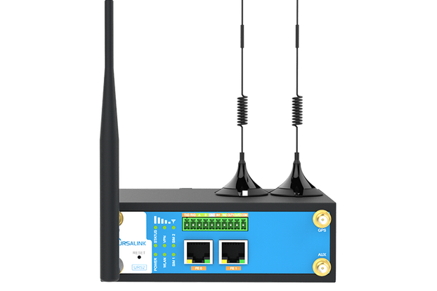 UR52 Industrial Cellular Router