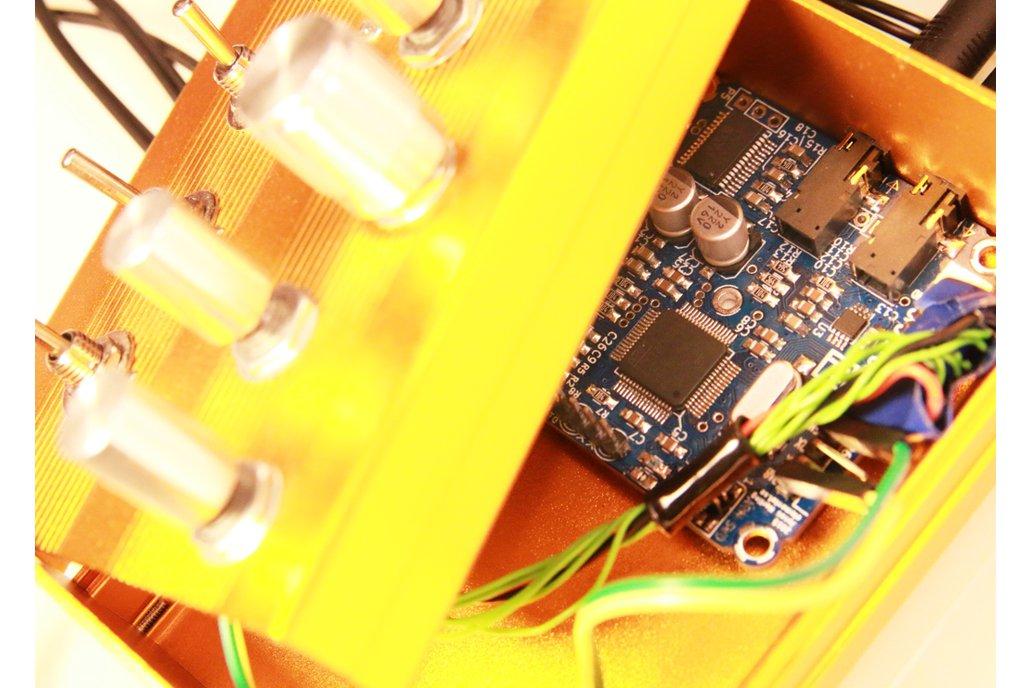 Cortex-M4 audio effects development board