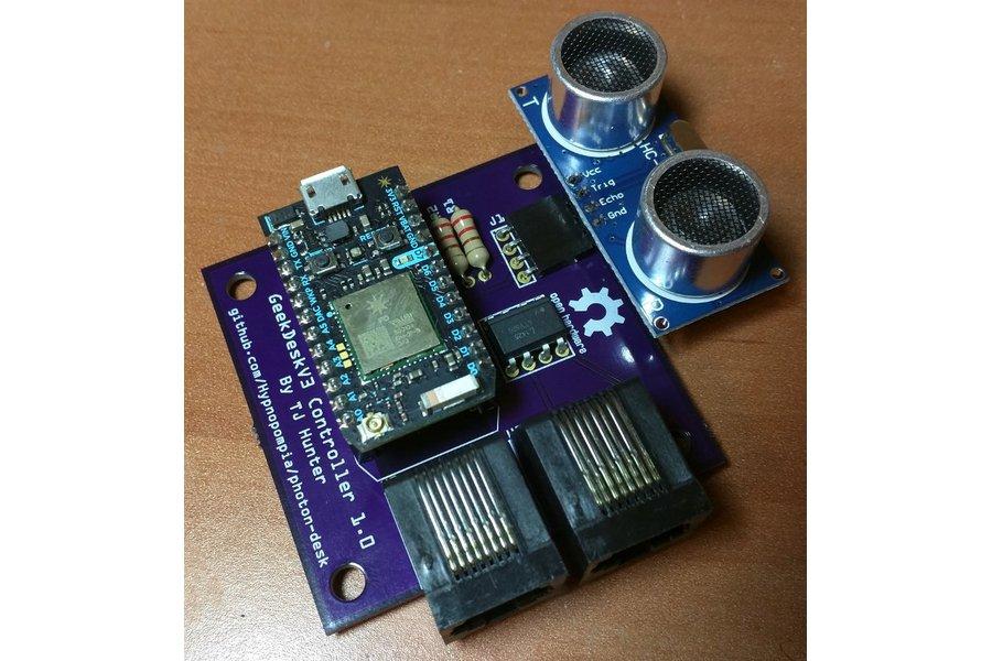 Photon Geekdesk Controller