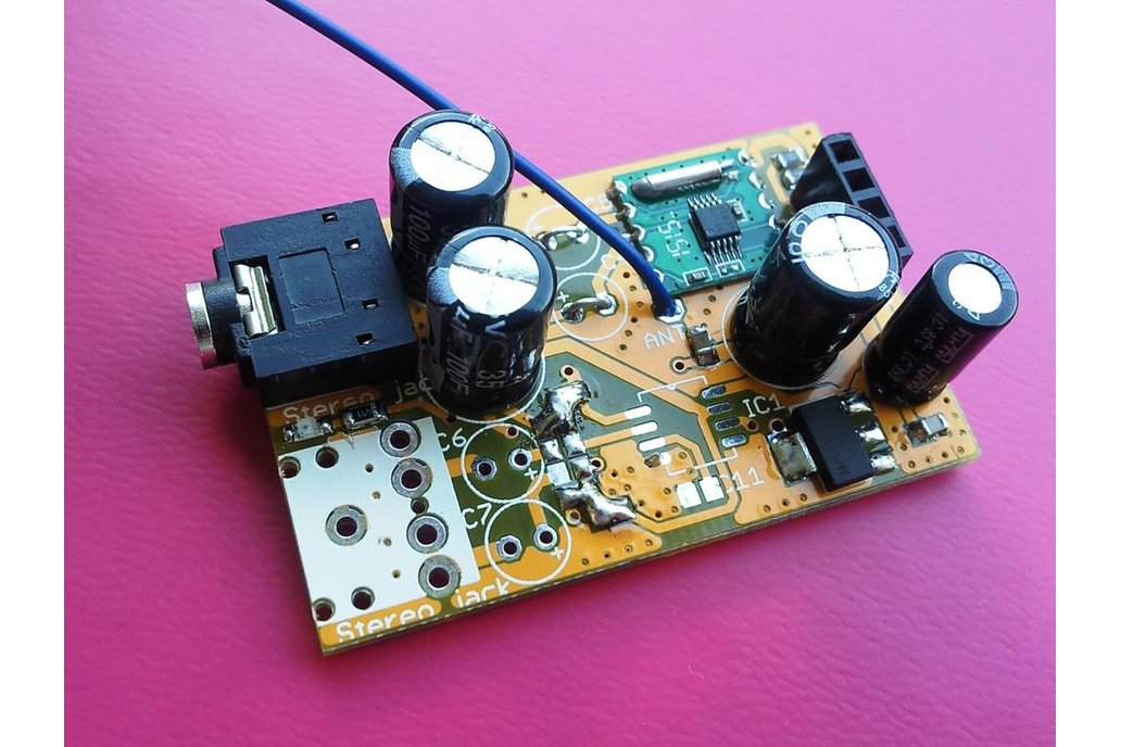 Arduino controlled tiny FM radio 1