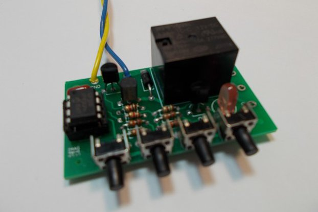PIC 8-Pin Development Kit (#2090)