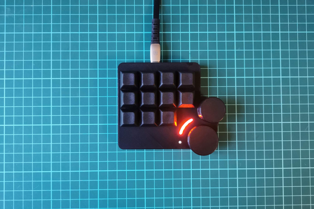 QVEX Lynepad: macro keypad