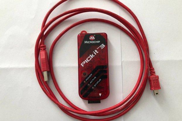 Microchip PicKit3  microcontroller programmer
