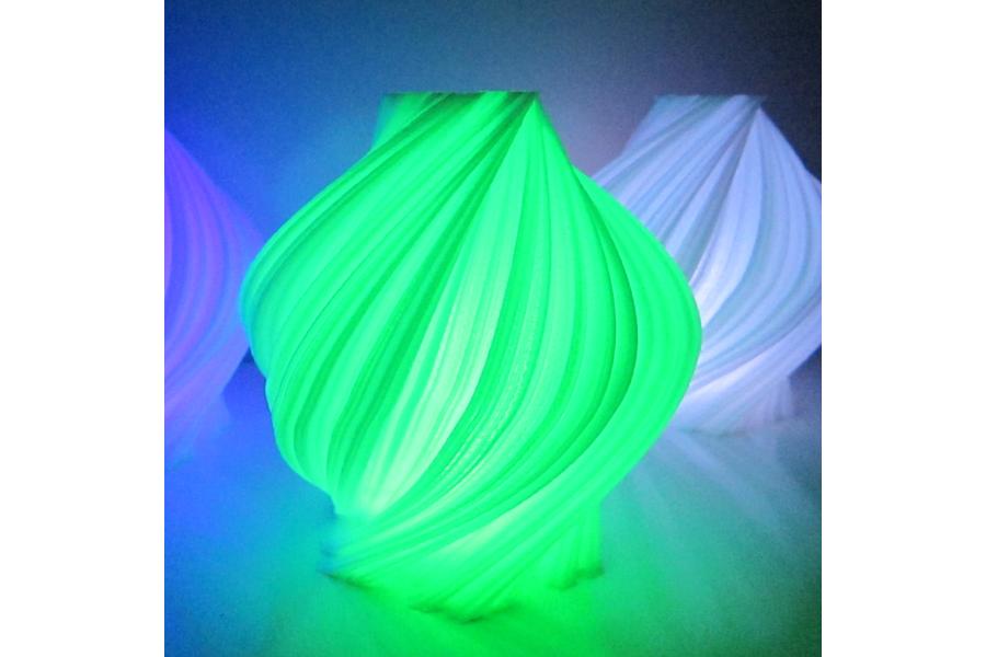 Color Changing Luminary Fractal Design
