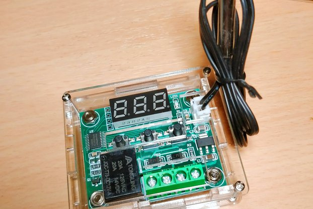 Adjustable temperature relay sensor & acrylic box