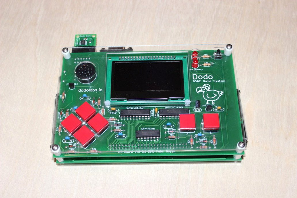 Dodo - 6502 Portable Game System Kit 1