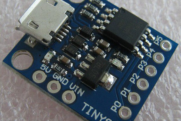 AT TINY85 ARDUINO 2*1,7cm miniature  MICRO USB