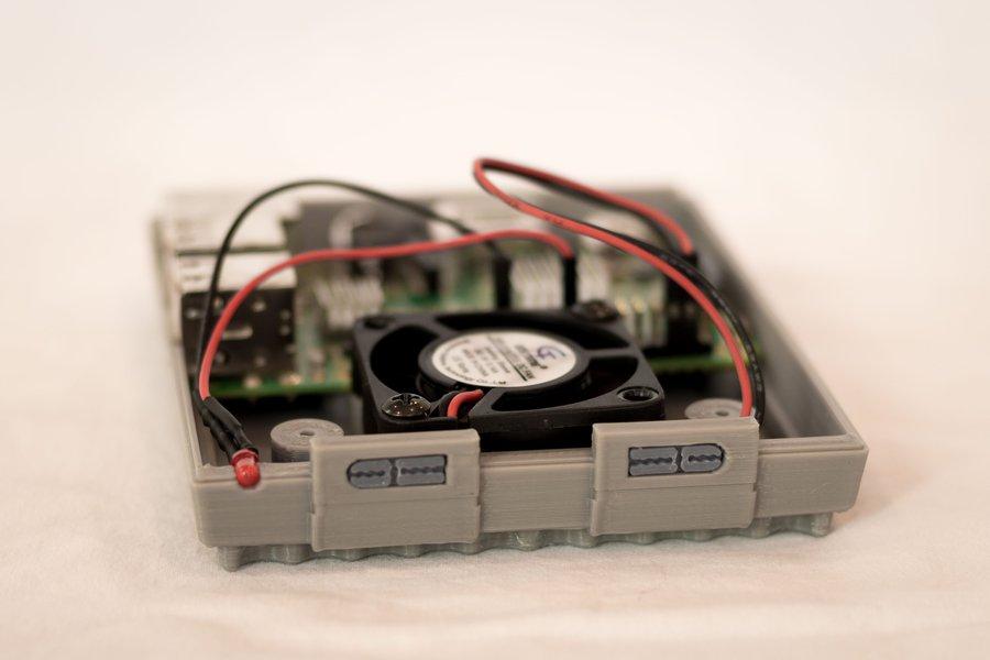 3D Printed SNES Case for Raspberry Pi w/ Fan & LED