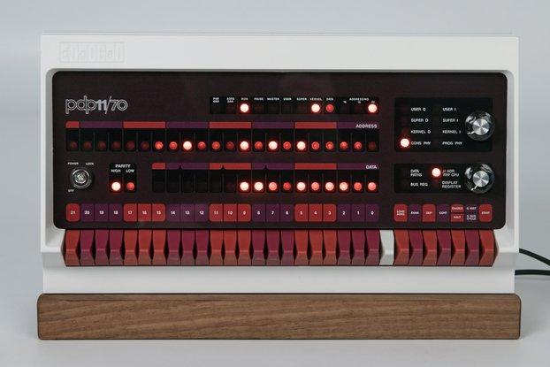 PDP-11 replica kit: the PiDP-11