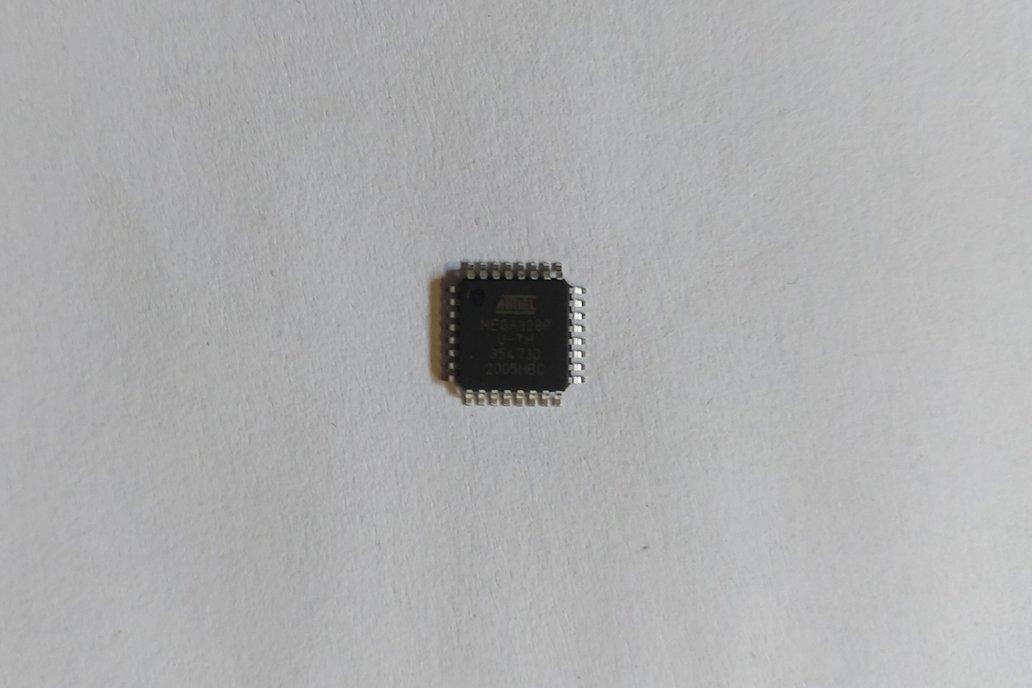 Atmega328P - AU with Optiboot bootloader 1