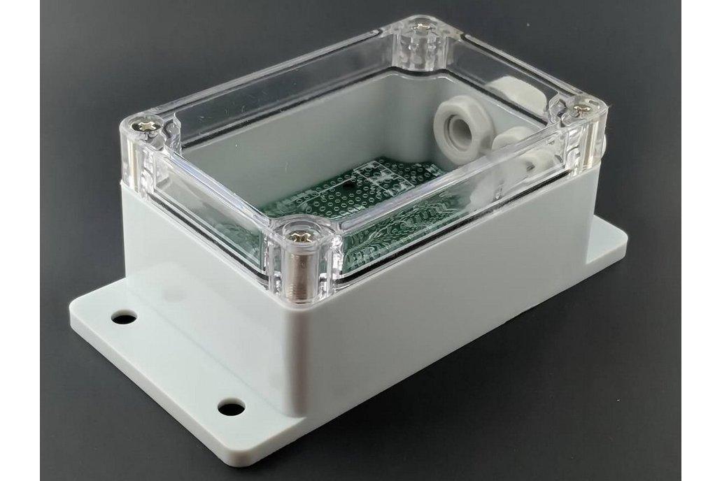 qBox DIY IOT Enclosure Kit (No SMA) 1