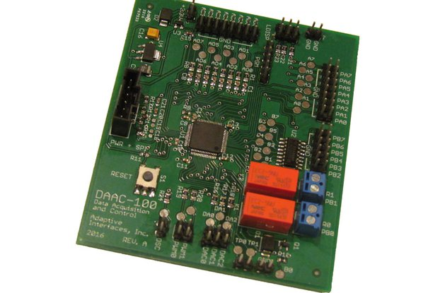 DAAC-100 Data Acquisition and Control for the RPi