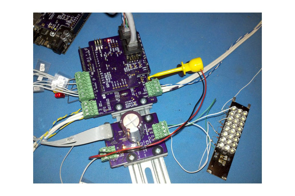 RPUadpt - a shield for RS-422 over CAT5 4