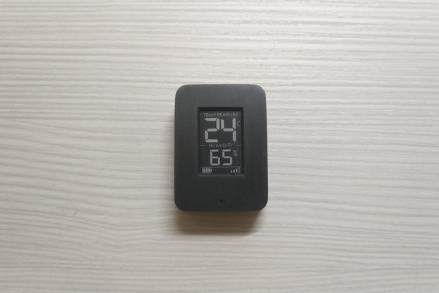 Temp and Hum mini sensor with mini e-ink display