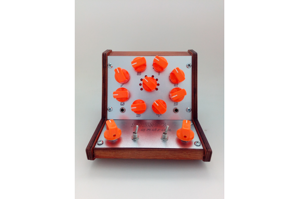 Sismo Qadrox Analog Synthesizer 1
