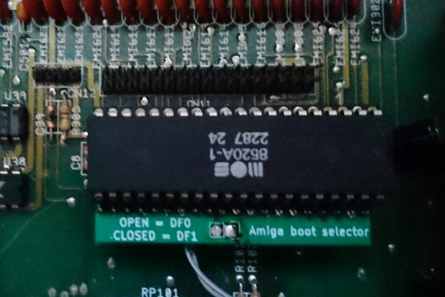Amiga Boot Selector