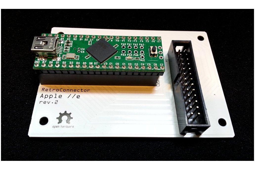 RetroConnector keyboard shield for Apple IIe - kit 2