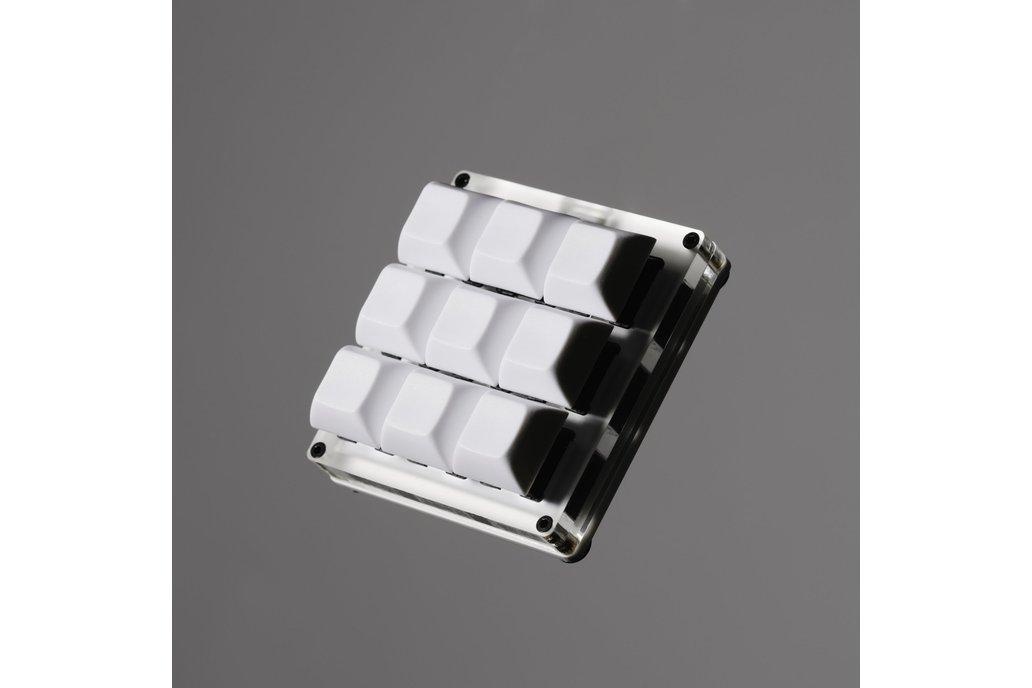 Custom Mechanical 3x3 Keypad - Codename: VEEBKEEB 1