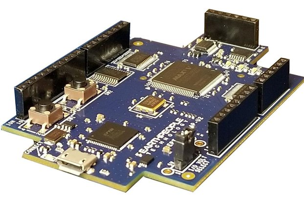 Intel/Altera 5M570 CPLD Development Kit - UnoMax