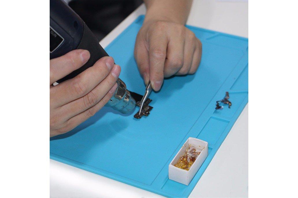 DANIU 34x23cm Heat Resistant Silicone Pad Desk 1