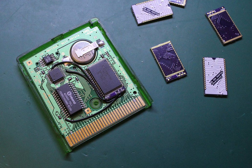Flash Memory Adapter for some Game Boy Cartridges 1