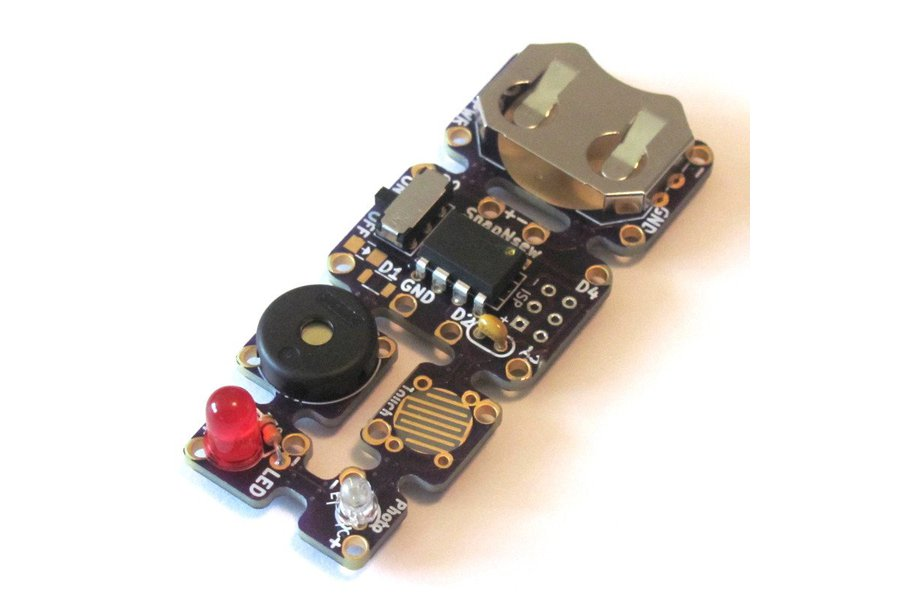SnapNsew  Kit: A Soft-Circuit / Embedded Platform