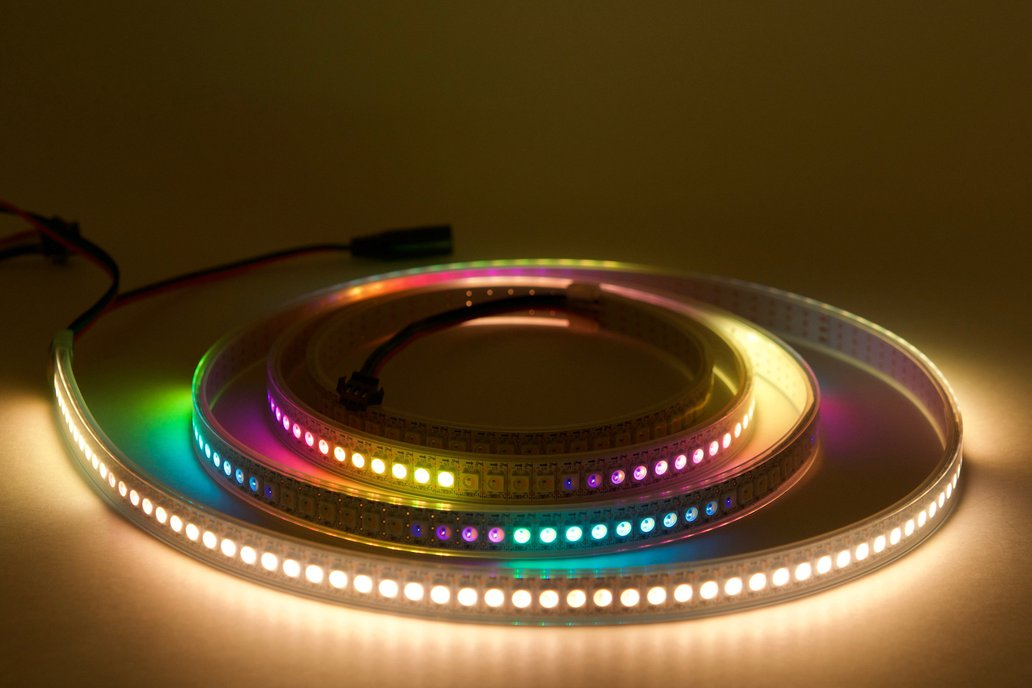 2 meter strip of 144/m SK6812 (WS2812) RGBW LEDs 1