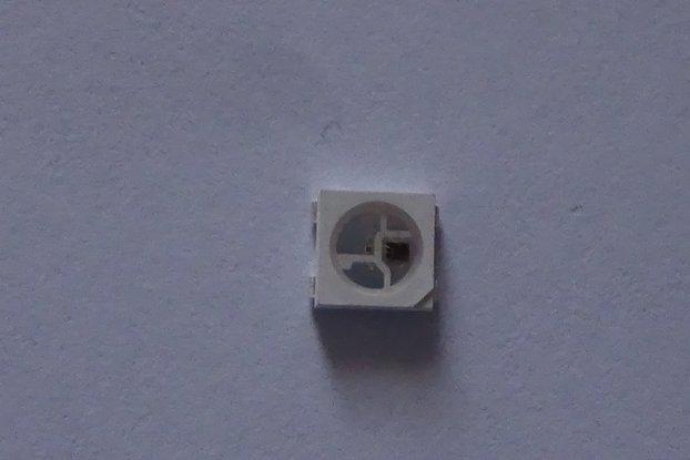 WS2812B LED