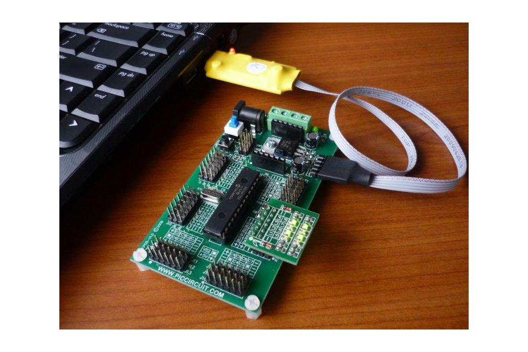 iCP01 - USB Microchip PIC Programmer