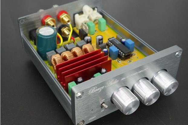 Hi-Fi Amplifier 2*50W bass treble top quality