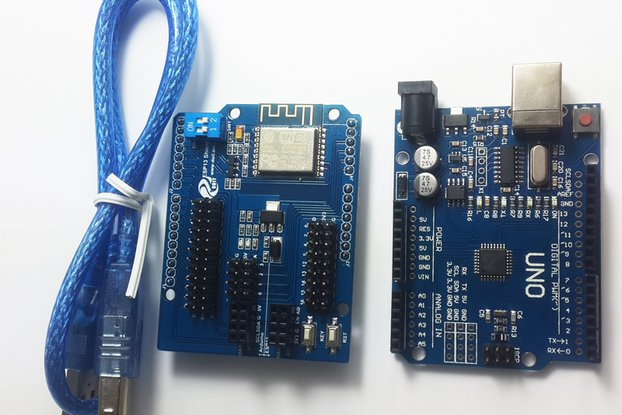 Arduino UNO R3 + ESP8266 Wireless WiFi Shield