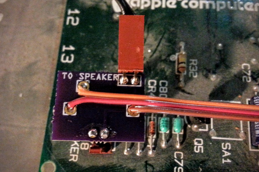 Speaker Connector for Apple II
