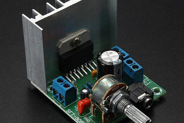 AC/DC 12V 2 x 15W TDA7297 Version B Digital Audio Amplifier Board Dual-Channel