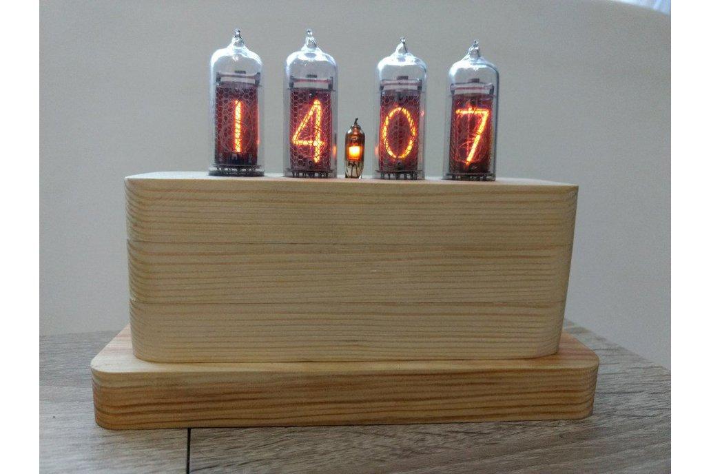IN-14 Nixie Tube Clock in Wooden Case 1