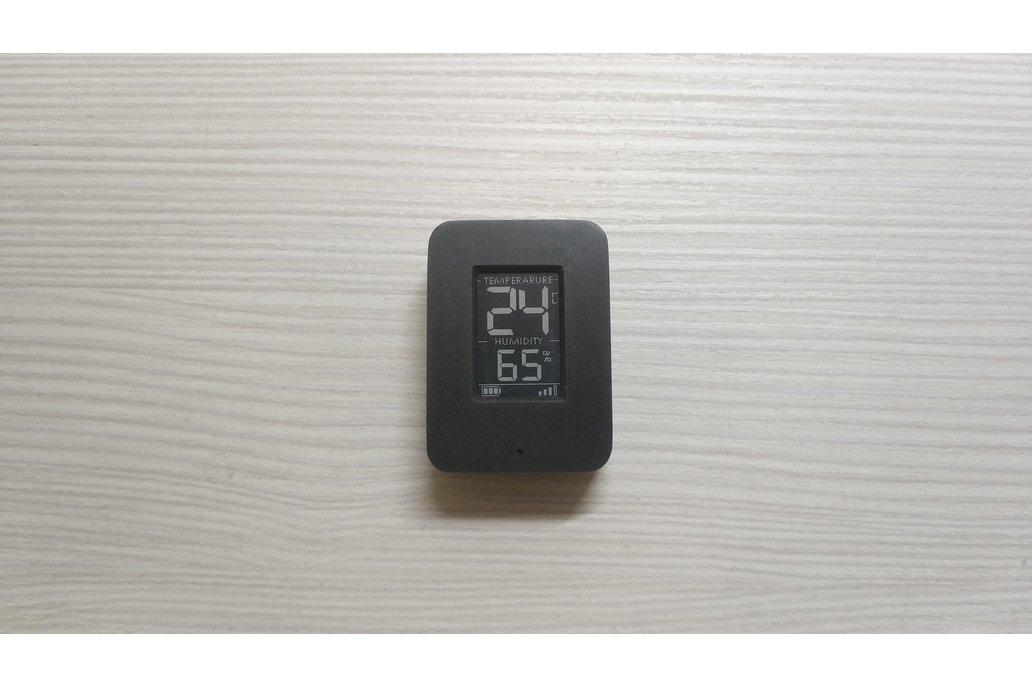 Temp and Hum mini sensor with mini e-ink display 1