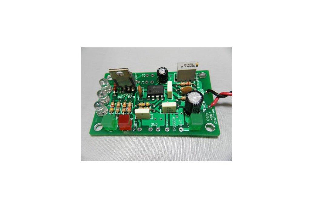 LM555 Timer Development Kit (#1710) 1