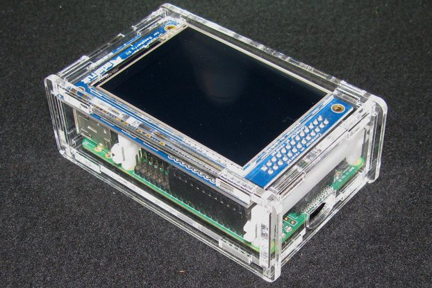 "Raspberry Pi A+/B+ 2.8"" PiTFT Case"