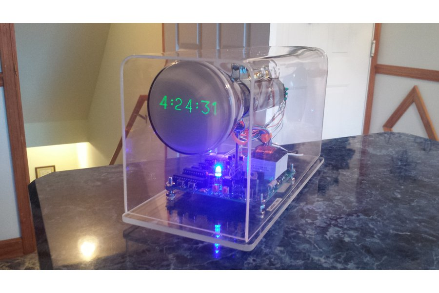 Oscilloscope Clock made with Cathode Ray Tube CRT
