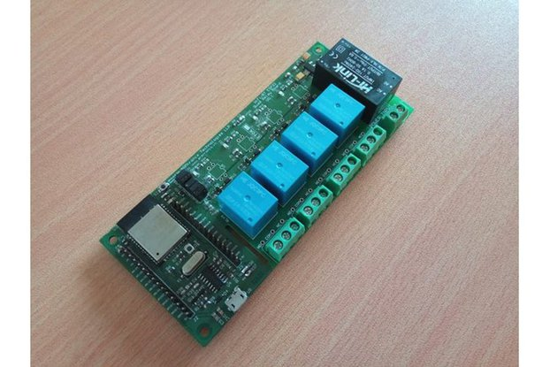 BA011: Wifi BT Quad Relay Board