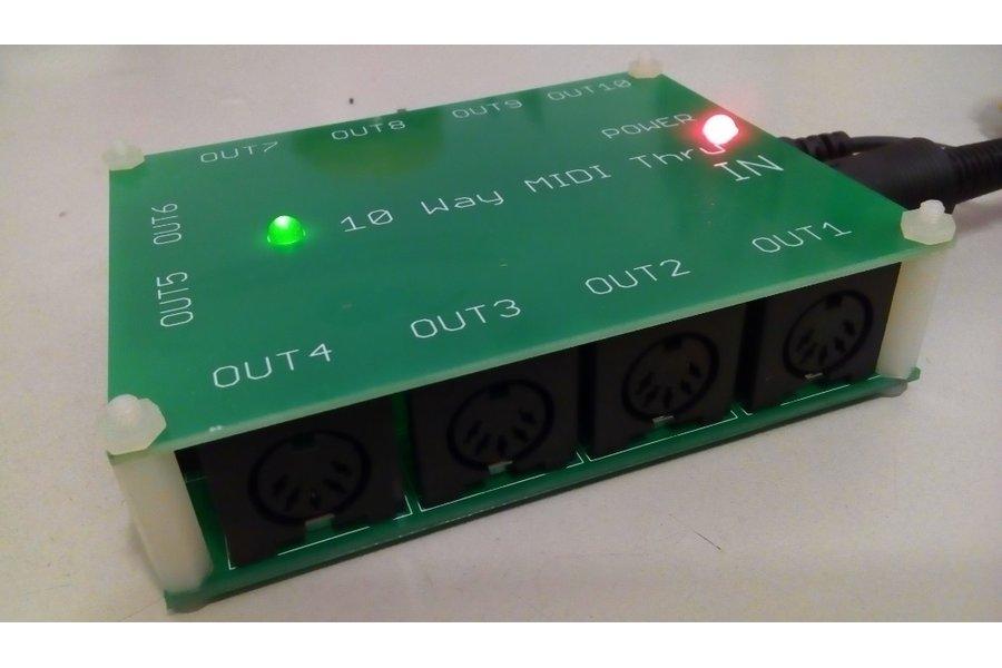 10 way MIDI Thru Splitter unit for synthesizers