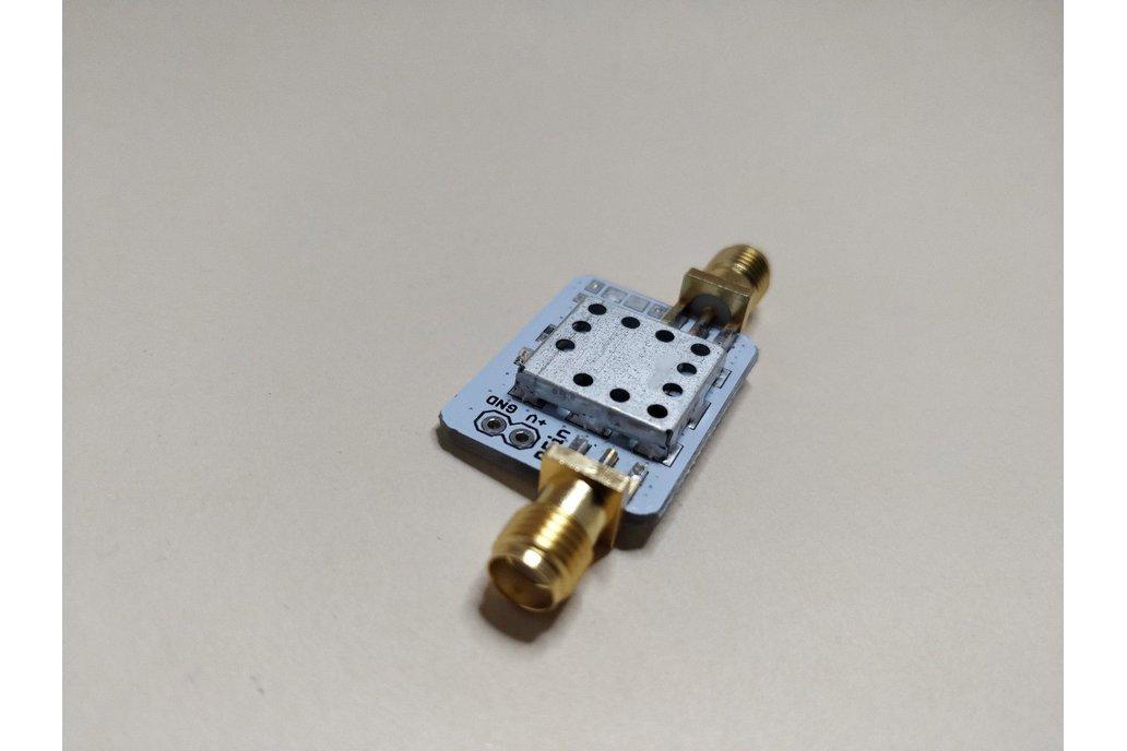 Low Noise Inline Amplifier 2GHz w Bias Tee 1