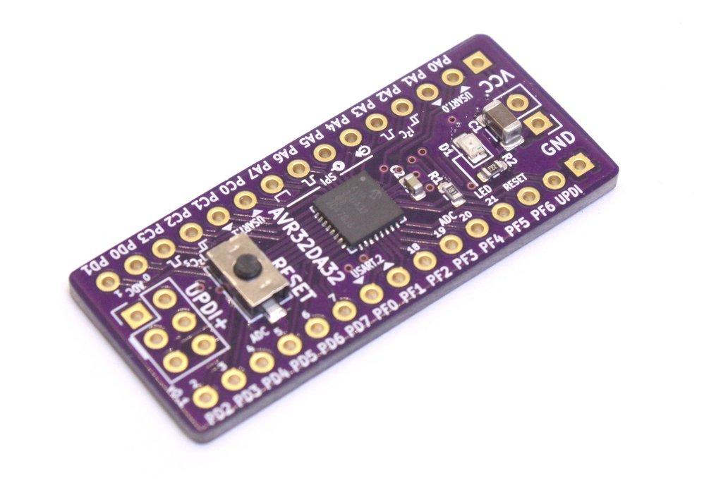 AVR32DA32 Development Board 1