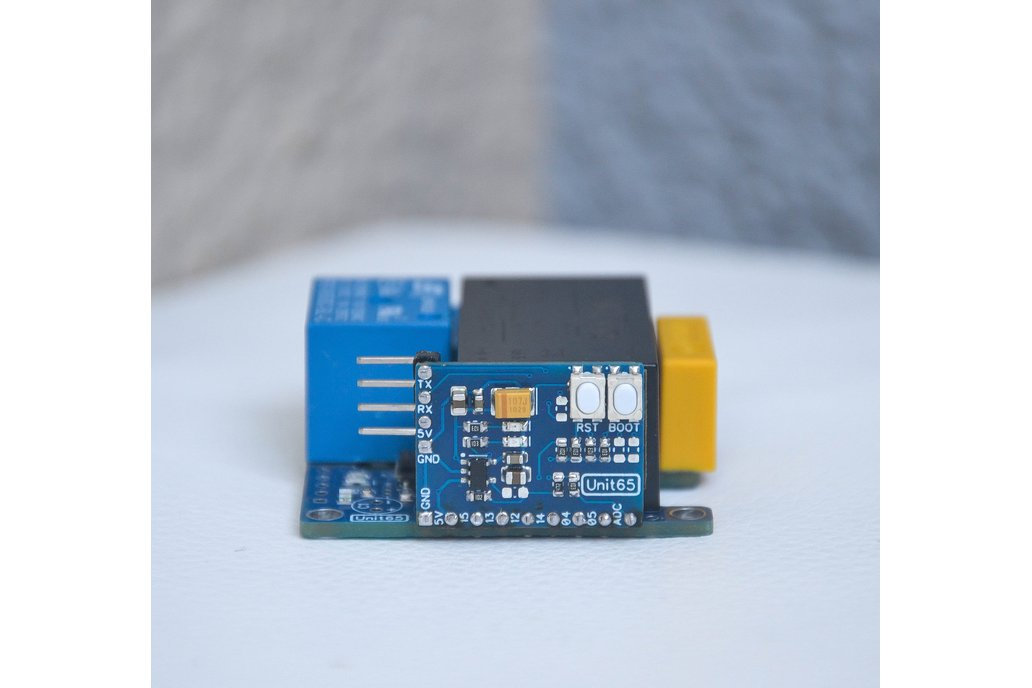 Compact wifi based relay module with power monitor 1