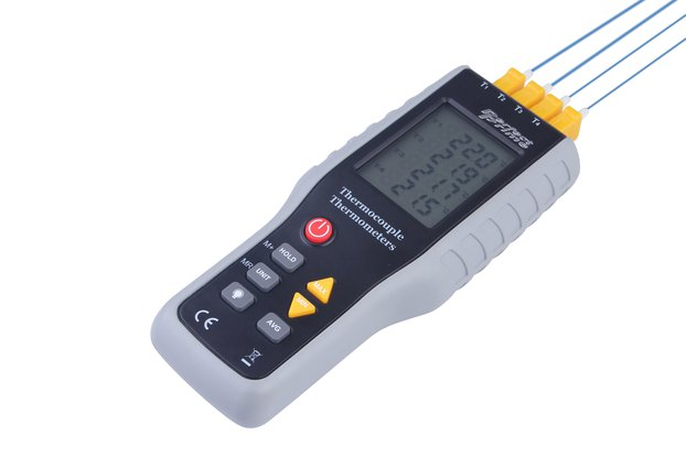 4 Ch Thermocouple Thermometer / 20 X 4 Memory; LCD