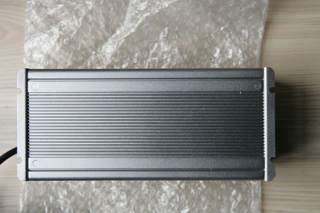 48V-5A Li-Ion Batteries Charger for 13s - 54.6V 6